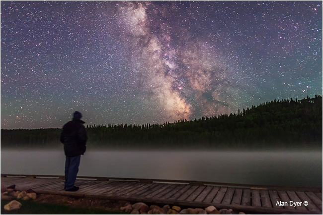 Milky way over Reessor lake by Alan Dyer ©