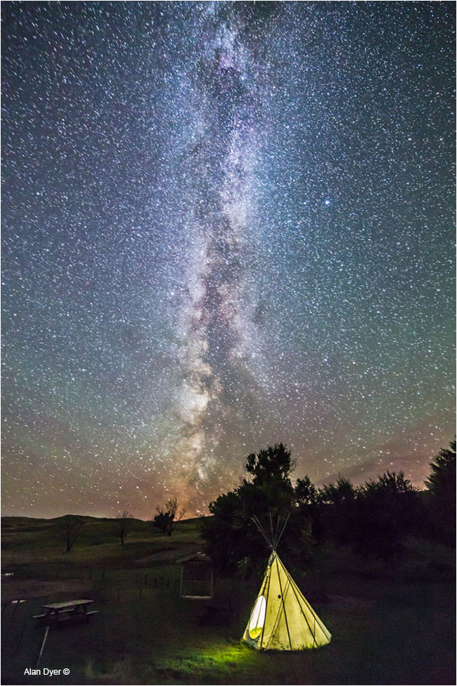 Tipi and Milky Way at Grasslands  by Alan Dyer ©