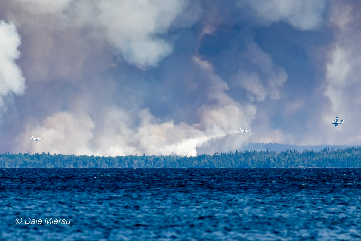 Fire at Hunter Bay by Dale Mierau ©