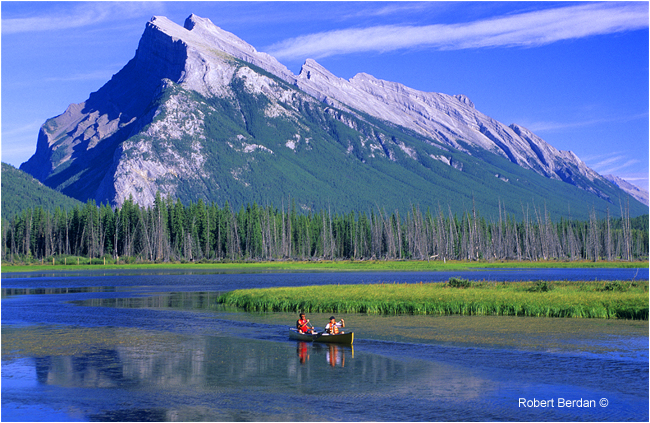 Paddlers in front of Mount Rundle near Banff and the first Vermilion Lake, Banff National Park, AB by Robert Berdan ©