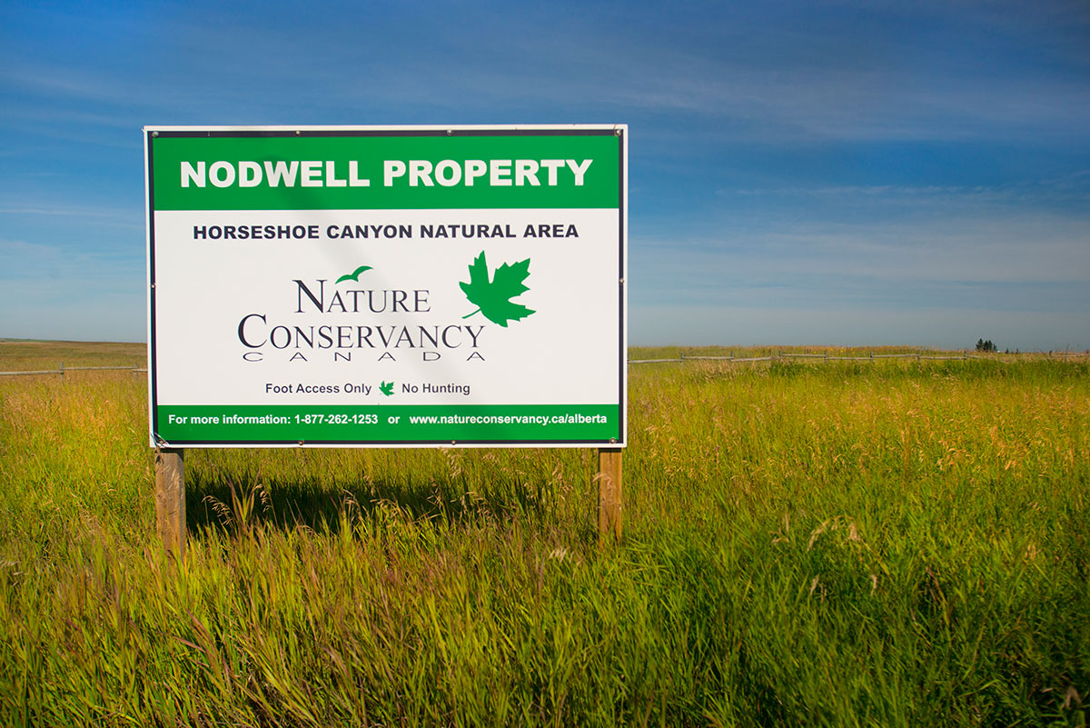 Nature Conservancy sign at Horseshoe Canyon by Robert Berdan ©