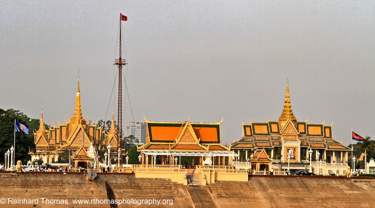 Royal Palace in Phnom Penh  by Reinhard Thomas ©
