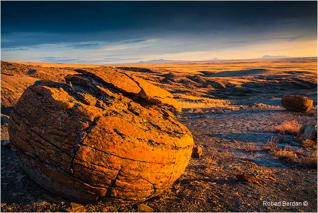 Evening light on Red Rock Coulee by Robert Berdan ©