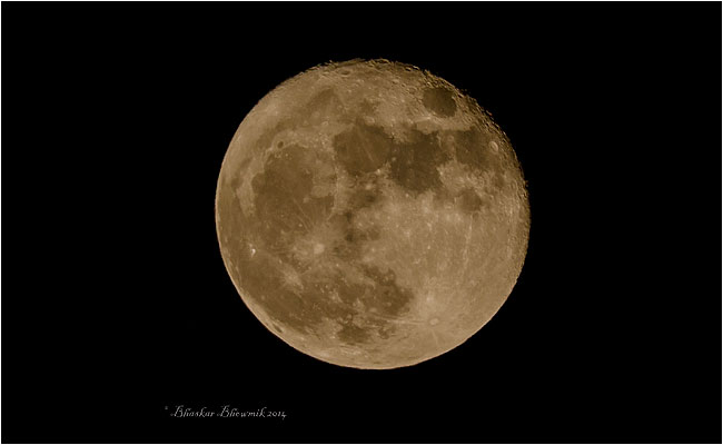 moon by Bhaskar Bhowmik using Tamron 150-500 mm lens.