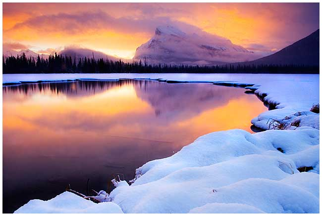 Sunrise Vermilion lake in January, Banff National Park, AB by Robert Berdan ©