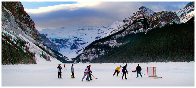Pickup ice hockey Lake Louise by Robert Berdan ©